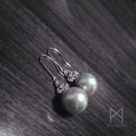 小さくてもエレガントに!真珠ピアスのリフォーム