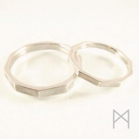 十角形マリッジリング|「愛」がリズムを刻み始める結婚指輪【鼓動】
